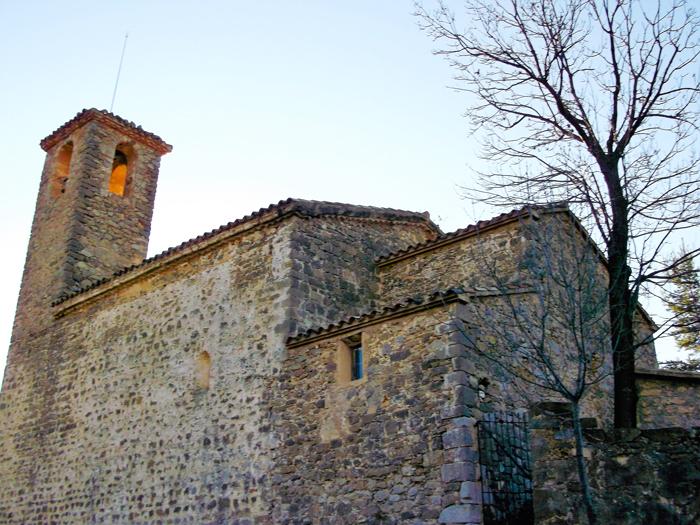 Gisclareny-donviajon-iglesia-del-Rosario-arte-romanico-turismo-catalunya-espanya