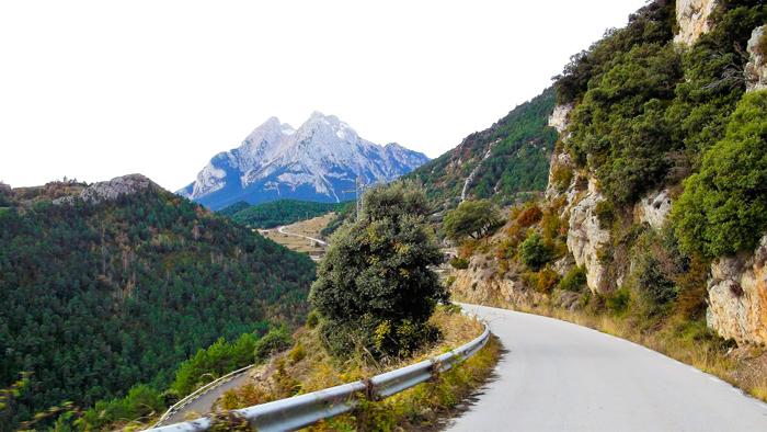 Gisclareny-Parque-natural-de-Cadi-Moixero-donviajon-naturaleza-senderismo-escalada-Pedraforca-turismo-de-aventura-catalunya-espanya
