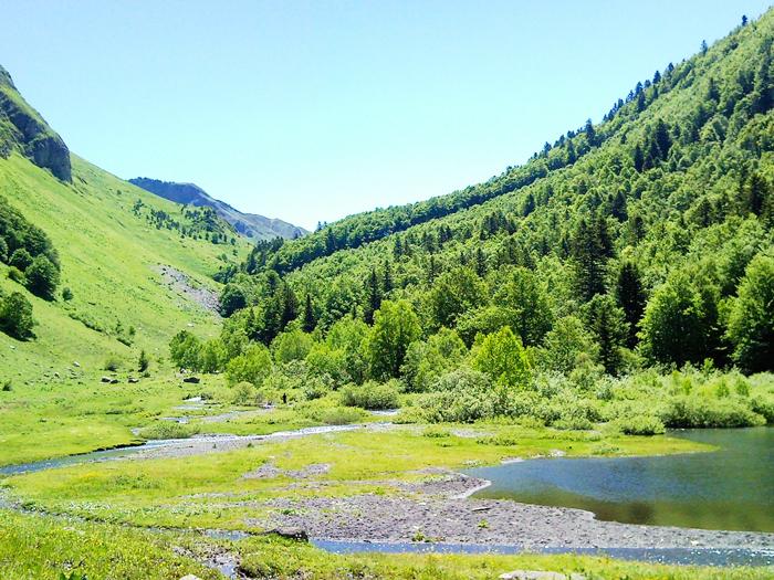 Gisclareny-Parque-natural-de-Cadi-Moixero-donviajon-naturaleza-senderismo-turismo-de-aventura-lagos-de-montanya-catalunya-espanya