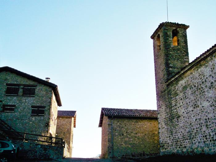 Gisclareny-Parque-natural-de-Cadi-Moixero-donviajon-naturaleza-senderismo-turismo-de-aventura-pueblo-menos-poblado-de-catalunya-espanya