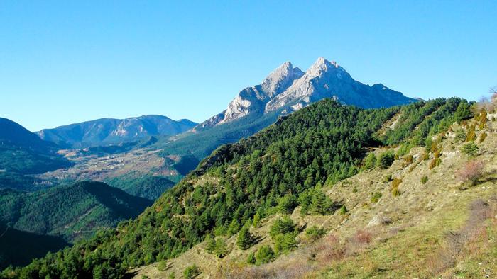 Gisclareny-Parque-natural-de-Cadi-Moixero-Pedraforca-donviajon-naturaleza-senderismo-turismo-de-aventura-catalunya-espanya