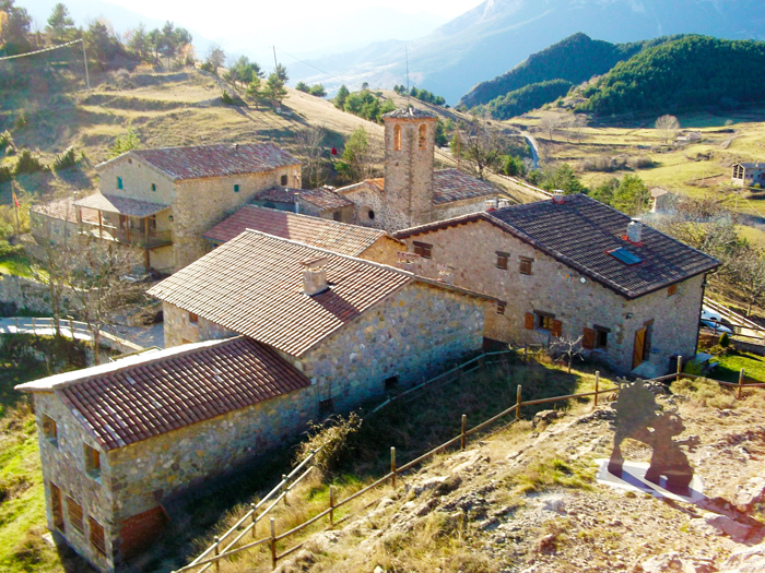 Gisclareny-pueblos-bonitos-donviajon-naturaleza-senderismo-turismo-de-aventura-sierra-del-Cadi-catalunya-espanya