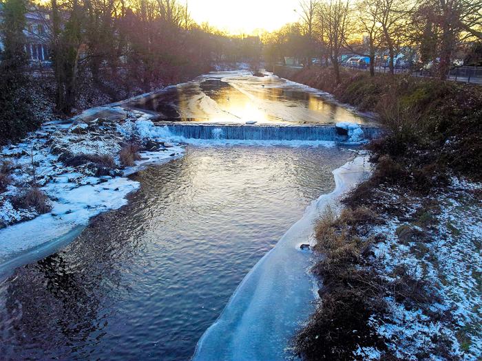 Invierno-rio-enz-donviajon-turismo-cultural-aventura-naturaleza-pforzhiem-alemania