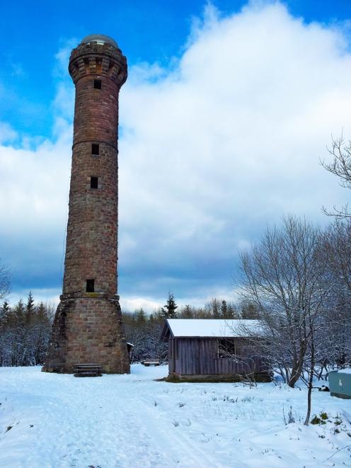 Kaltenbronn-Gernsbach-Hohlohturm-don-viajon-turismo-de-invierno-naturaleza-senderismo-Selva-Negra-Alemania