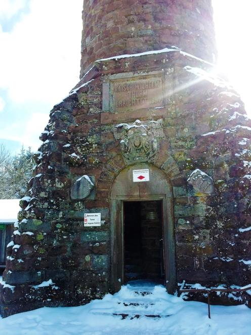 Kaltenbronn-Gernsbach-Hohlohturm-donviajon-turismo-de-invierno-naturaleza-senderismo-Selva-Negra-Alemania-Baden-Wurttemberg