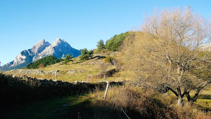 Pedraforca-sierras-del-Cadi-Moixero-donviajon-turismo-de-aventura-naturaleza-bergada-catalunya-espanya