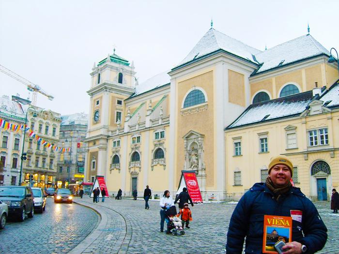 Viena-iglesia-de-los-dominicos-donviajon-arte-rococo-turismo-cultural-religioso-Viena-Austria