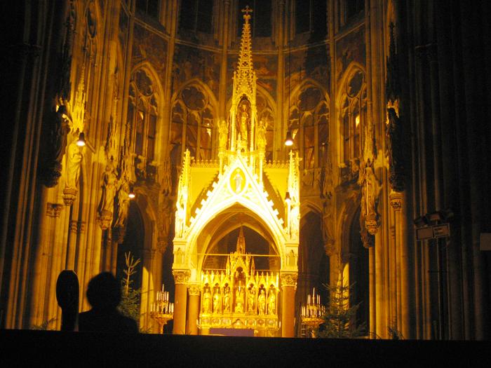 Viena-iglesia-votiva-arte-religioso-estilo-gotico-donviajon-viajando-con-pasion-turismo-cultural-Austria