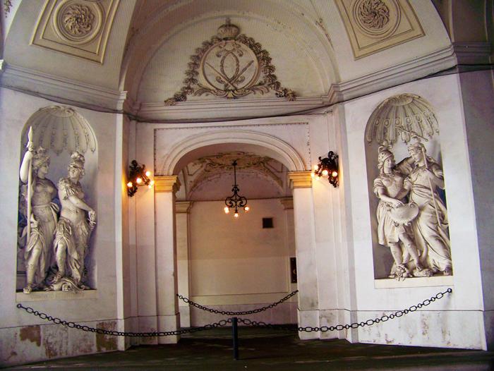 Viena-palacio-imperial-Hofburg-donviajon-estilo-renacentista-barroco-turismo-cultural-Austria
