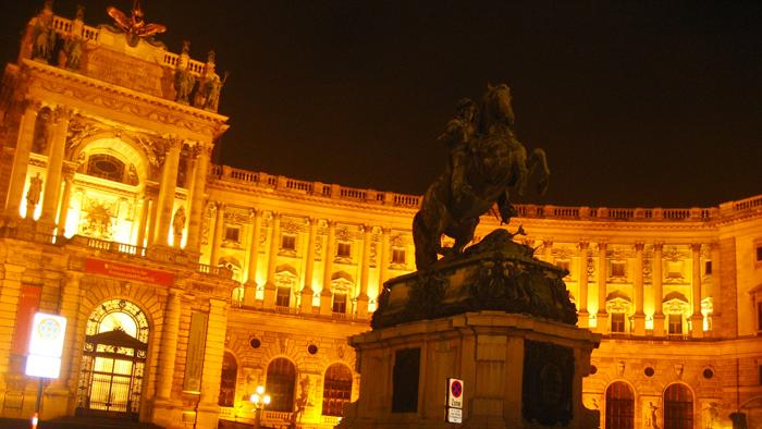 Viena-teatro-de-la-operal-estatal-donviajon-arte-cultural-turismo-de-invierno-austria