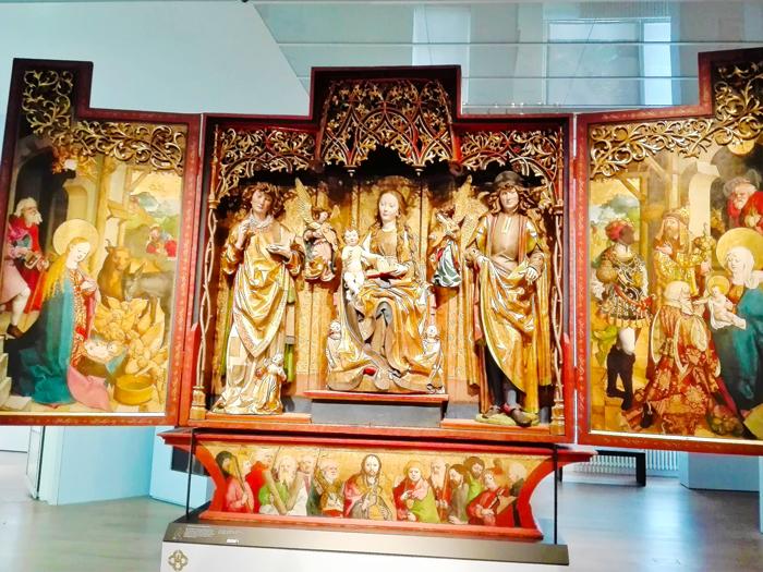 Museo-Estatal-de-Württemberg-donviajon-turismo-cultural-arte-religioso-Stuttgart-Alemania