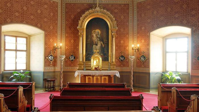 Becov-nad-Teplou-capilla-de-la-visitacion-palacio-barroco-pueblos-bonitos-bohemia-turismo-cultural-arte-religioso-barroco-gotico-medieval-republica-checa