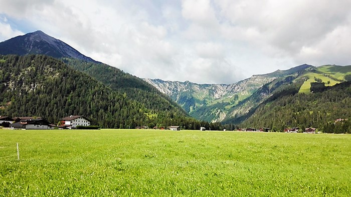 Achenkirch-paisaje-alpino-donviajon-turismo-aventura-naturaleza-descanso-en-el-tirol-austria
