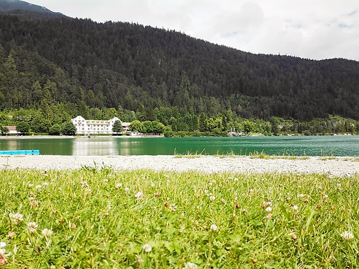 Achensee-don-viajon-zonas-de-camping-turismo-aventura-naturaleza-lago-achen-alpes-tirol-austria