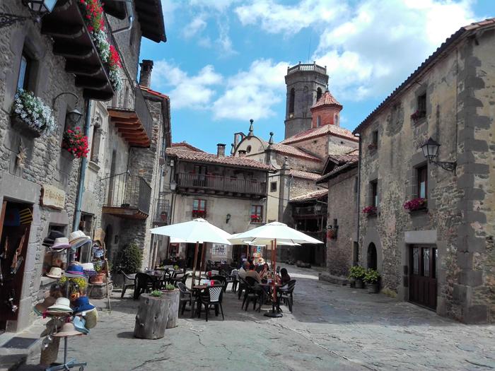Rupit-don-viajon-ruta-medieval-catalana-turismo-cultural-naturaleza-espana
