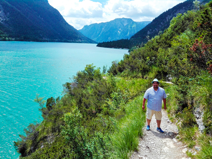 Pertisau-Achensee-don-viajon-viajando-con-pasion-turismo-aventura-en-la-naturaleza-lago-Achen-Tirol-Austria