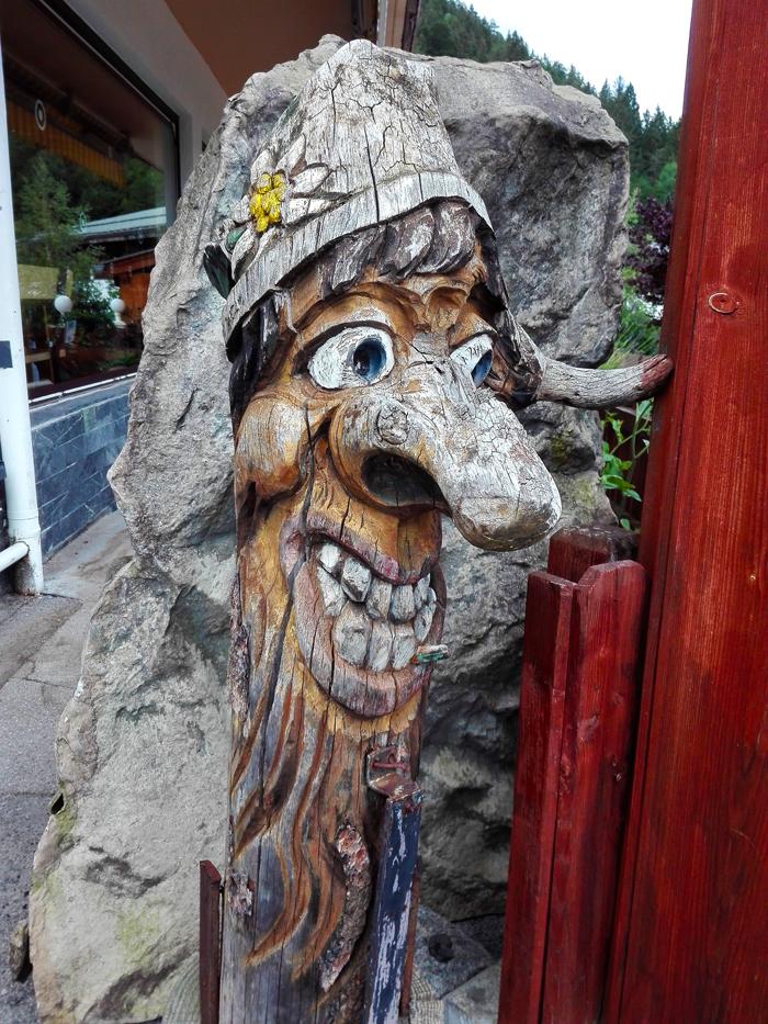 Pertisau-Achensee-donviajon-figuras-de-madera-turismo-aventura-tirol-austria