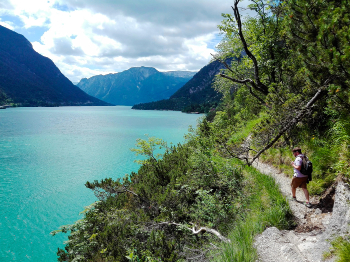 Pertisau-Karwendel-don-viajon-turismo-aventura-naturaleza-bienestar-Eben-am-see-lago-Achen-Tirol-Austria