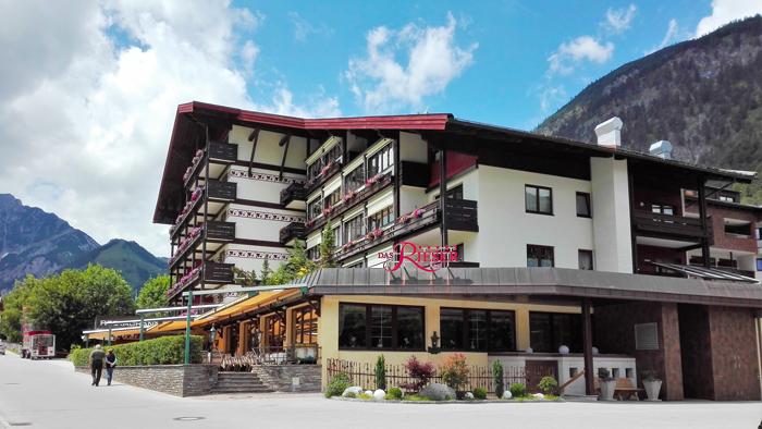 Pertisau-Karwendel-turismo-de-lujo-donviajon-senderismo-actividades-acuaticas-achensee-tirol-austria
