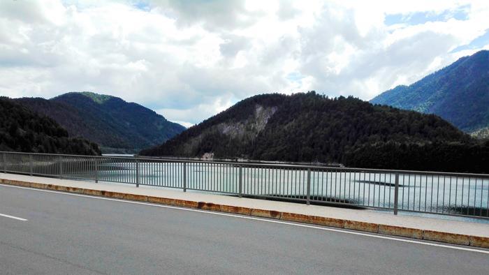 rio-Isar-carretera-de-los-alpes-alemanes-donviajon-turismo-aventura-senderismo-Alta-Baviera-Alemania