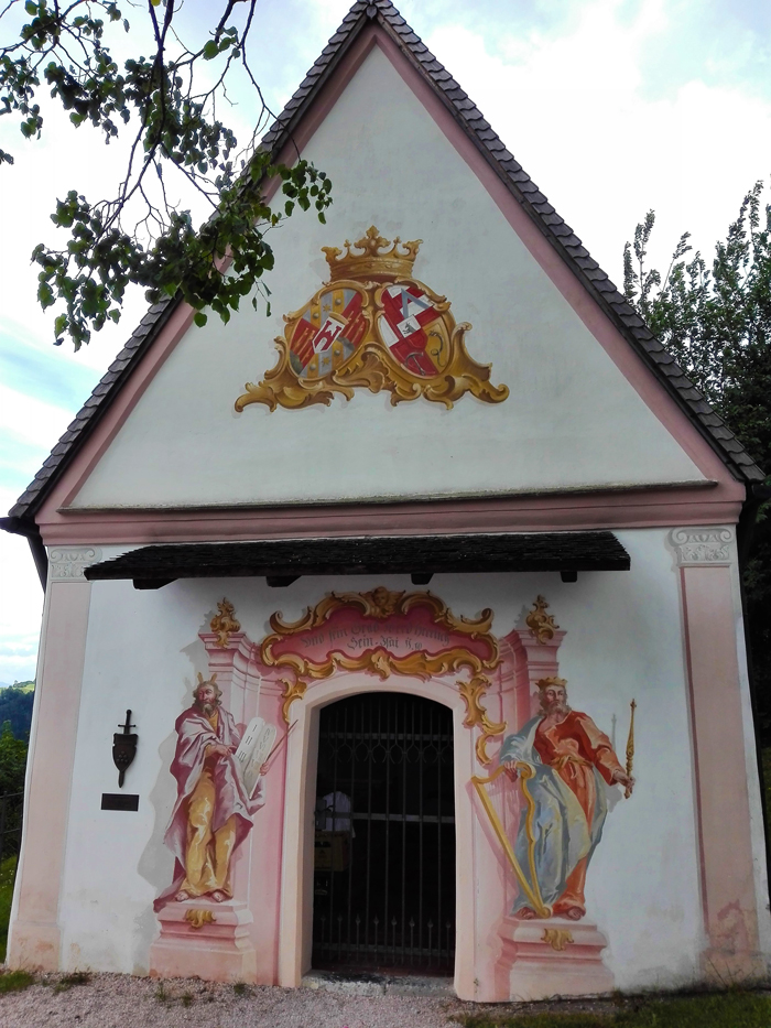 Schwaz-capilla-medieval-del-castillo-de-Freundsberg-donviajon-turismo-cultural-arte-religioso-Tirol-Austria