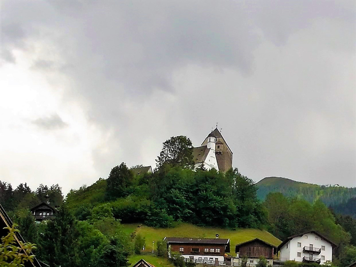 Schwaz-castillo-de-Freundsberg-don-viajon-naturaleza-ciudad-medieval-arte-turismo-Tirol-Austria