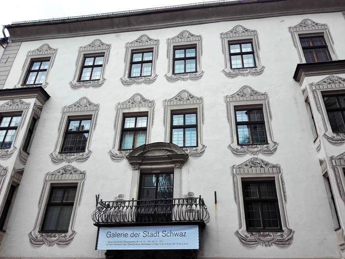 Schwaz-Galeria-de-exposiciones-de-la-ciudad-de-plata-don-viajon-turismo-cultural-arte-gotico-barroco-medieval-Tirol-Austria