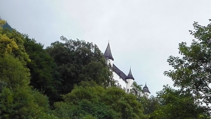 El-castillo-de-Tratzberg-donviajon-castillos-bonitos-de-austria-turismo-cultural-arte-renacentista-Tirol-Jenbach