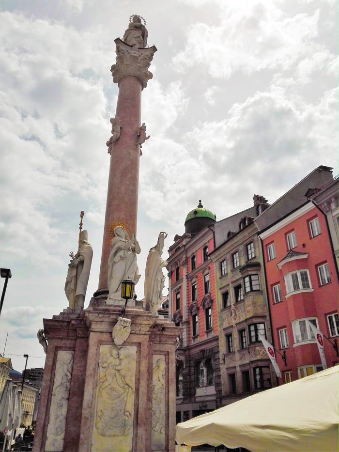 Innsbruck-columna-de-la-Virgen-creencias-catolicas-don-viajon-turismo-Tirol-Austria
