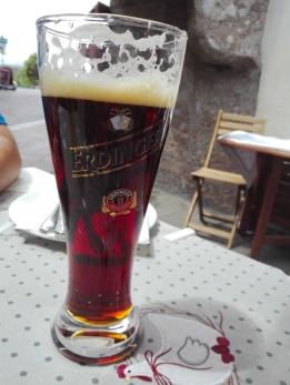 Innsbruck-Erdingen-cerveza-negra-don-viajon-turismo-gastronomico-en-el-Tirol-Austria