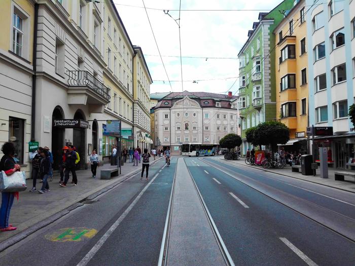 Innsbruck-vias-de-comunicacion-don-viajon-transporte-publico-Tirol-Austria