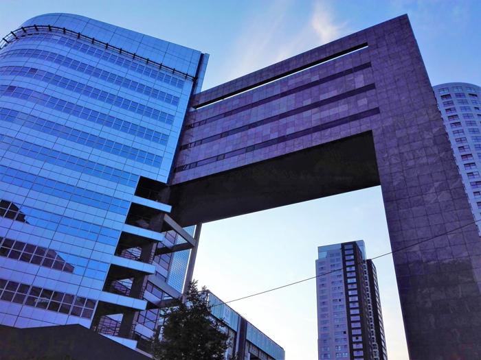 Arquitectura-innovadora-sostenible-don-viajon-turismo-urbano-cultural-Roterdam-Paises-Bajos