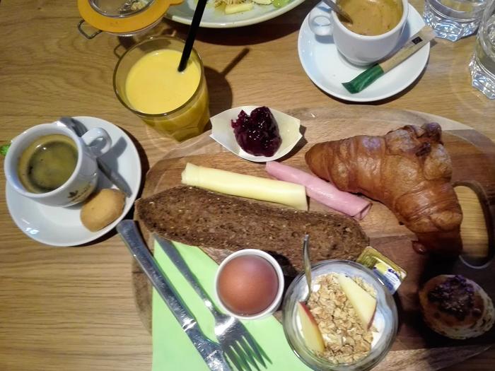 Barista-cafe-don-viajon-turismo-gastronomico-Roterdam-Holanda