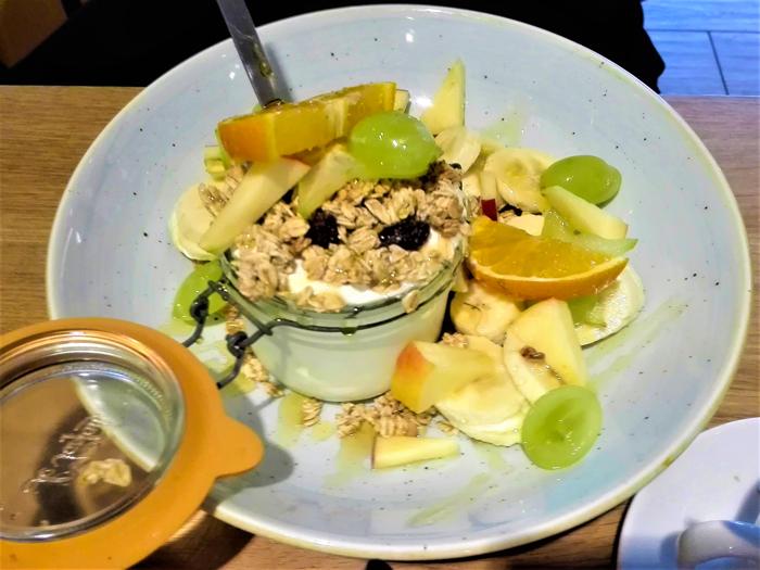 Barista-cafe-don-viajon-turismo-urbano-gastronomico-Roterdam-Paises-Bajos