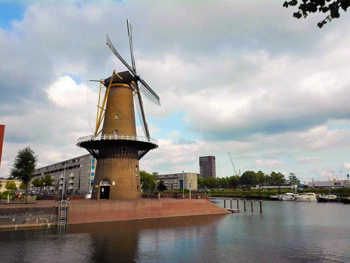 Delfshaven-molino-de-viento-Don-Viajon-turismo-cultural-historico-Rotterdam-Holanda