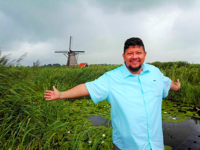 Kinderdijk-molinos-de-viento-holandeses-don-viajon-turismo-sostenible-KLM-100-anos-Paises-Bajos