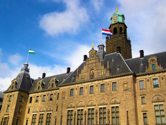 Stadhuis-ayuntamiento-Roterdam-don-viajon-turismo-urbano-cultural-Holanda