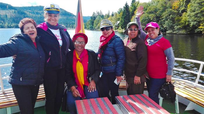 Lago-Titisee-don-viajon-turismo-recreativo-las-inseparables-viajeras-en-la-Selva-Negra-Alemania
