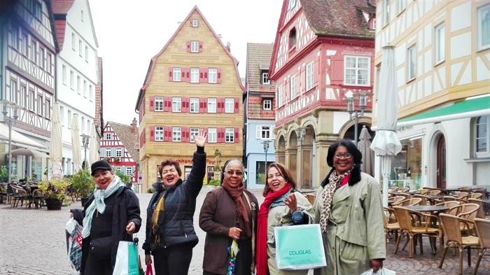 Waibligen-las-inseparables-viajeras-don-viajon-turismo-cultural-de-compras-Suabia-Alemania