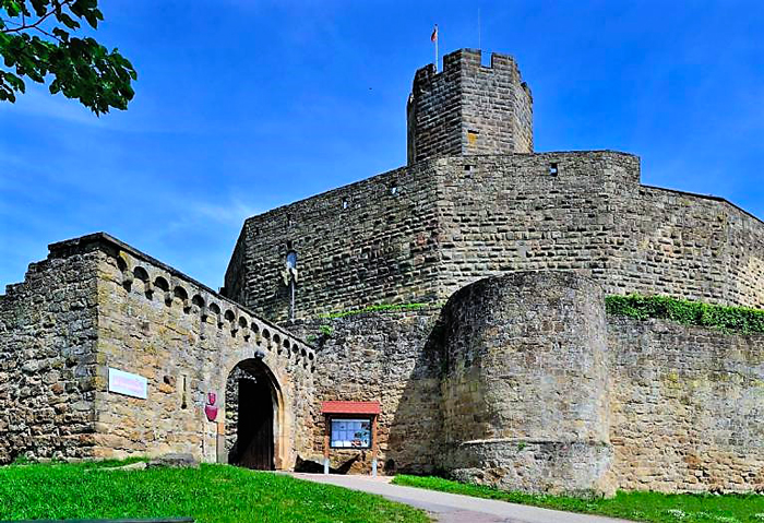 el-castillo-Steinsberg-Sinsheim-turismo-cultural-recreativo-Baden-Wurttermberg-Alemania