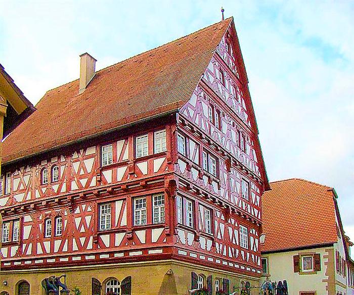 Eppingen-casa-de-entramado-de-madera-Baumann-don-viajon-turismo-cultural-urbano-Kraichgau-Baden-Wurttemberg-Alemania