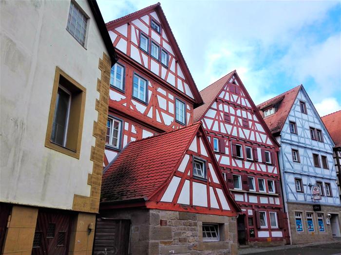 Eppingen-casas-de-colores-don-viajon-turismo-recreativo-Franconia-Baden-Wurttemberg-Alemania