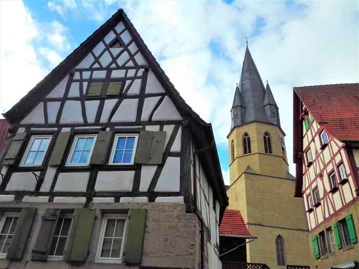 Eppingen-casas-de-madera-de-colores-don-viajon-turismo-cultural-Baden-Wurttemberg-Alemania