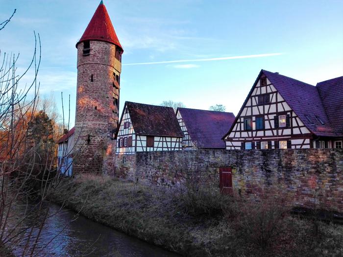 valle-del-rio-wuerm-Weil-der-Stadt-don-viajon-turismo-cultural-aventura-region-Stuttgart-Baden-Wurttemberg-Alemania