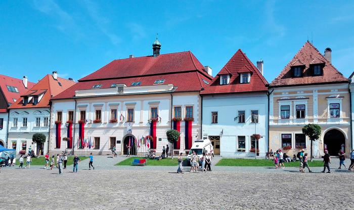 Bardejov-playa-del-Ayuntamiento-don-viajon-turismo-urbano-cultural-patrimonio-de-la-humanidad-Altos-Tatras-Eslovaquia