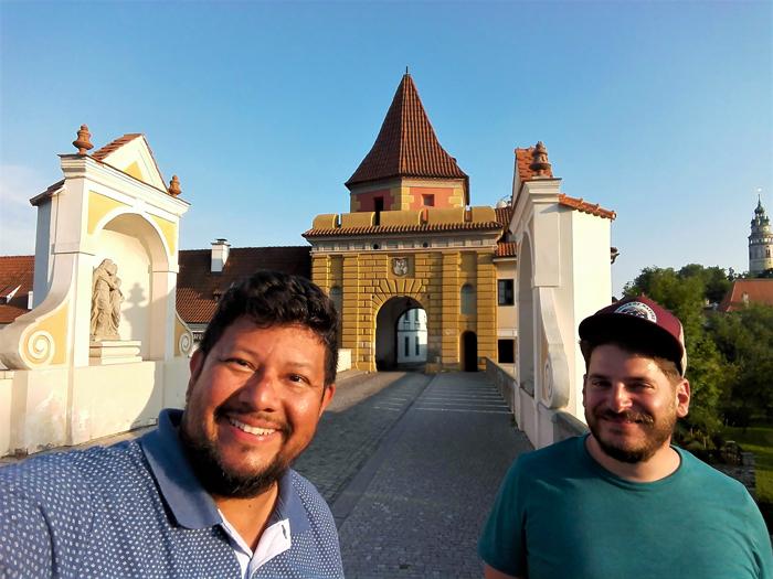 Chesky-Krumlov-ciudad-medieval-don-viajon-turismo-urbano-cultural-recreativo-aventura-Republica-Checa