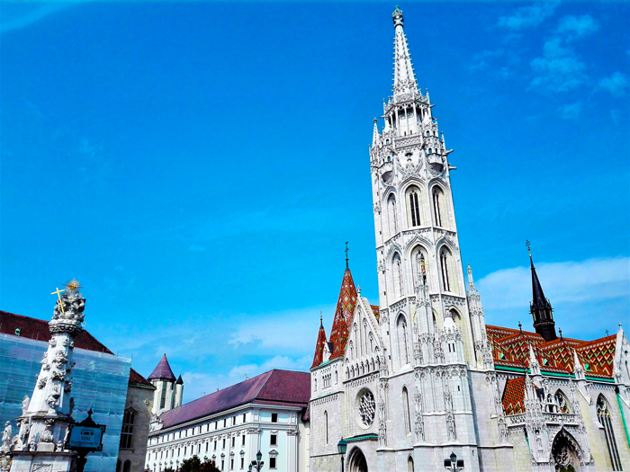 Iglesia-de-Matias-Budapest-don-viajon-turismo-urbano-cultural-religioso-recreativo-Hungria