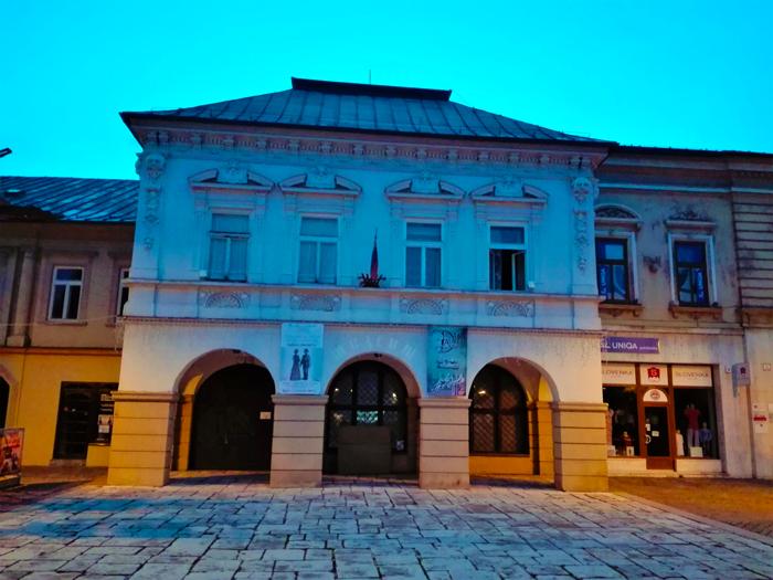 Litovsky-Mikulus-plaza-del-Ayuntamiento-don-viajon-turismo-urbano-cultural-gastronomico-Altos-Tatras-Eslovaquia