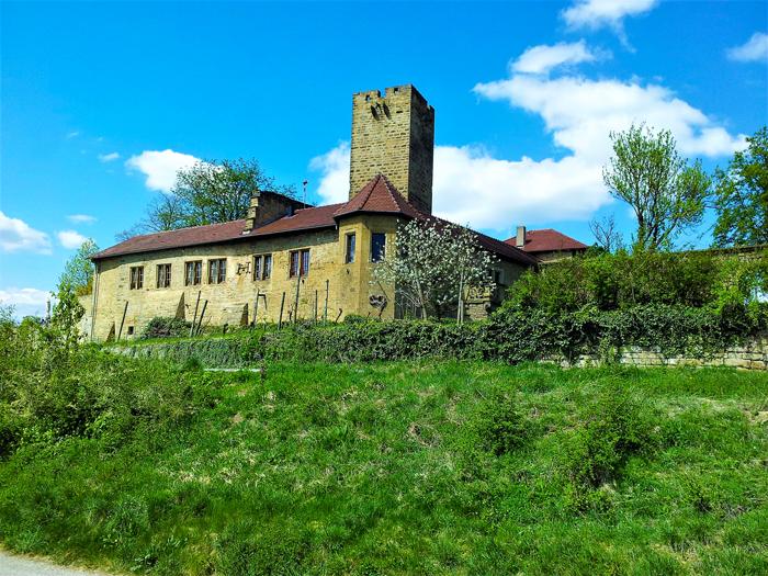 castillo-medieval-de-Ravensburg-Sulzfeld-don-viajon-turismo-rural-cultural-aventura-Kraichgau-Baden-Wurttemberg-Alemania