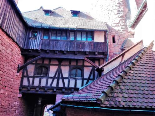 el-castillo-haut-koenigsbourg-don-viajon-turismo-historico-cultural-alsacia-gran-este-bajo-rin-Francia